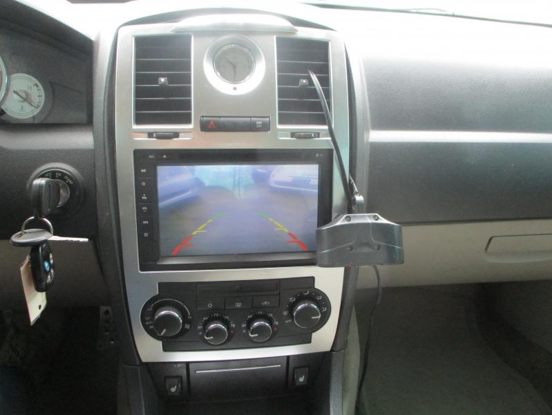 Chrysler 300 2005 price $2,900