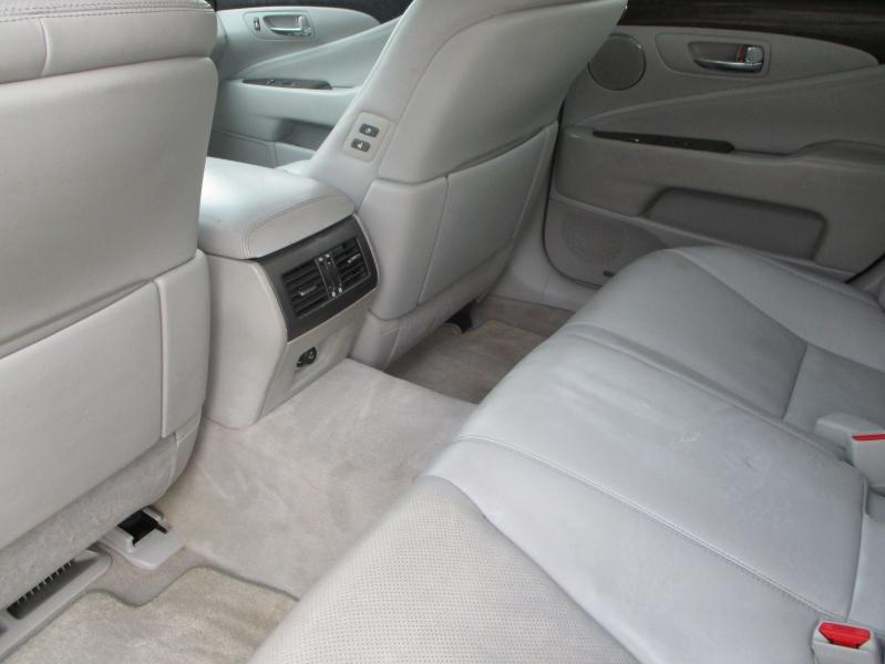Lexus LS 460 2007 price $7,800