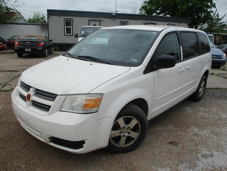 Dodge Grand Caravan 2009 price $3,400