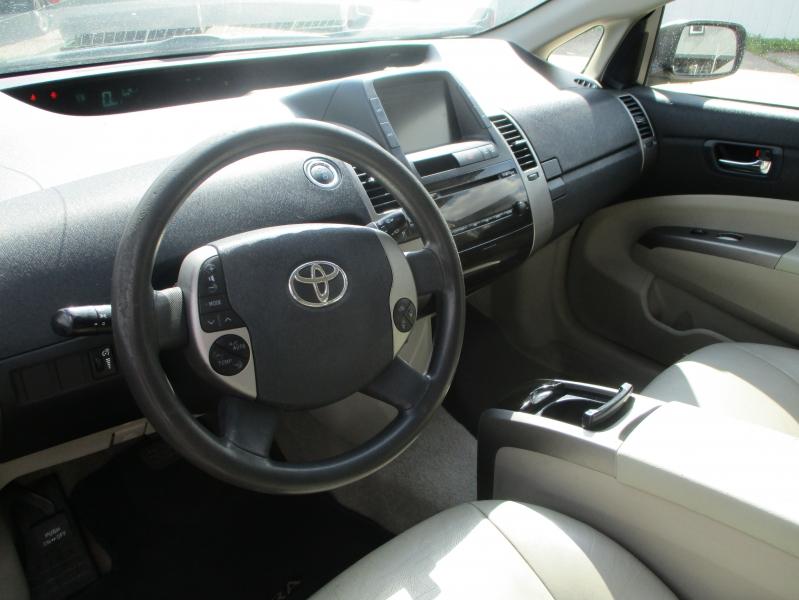 Toyota Prius 2008 price $3,500