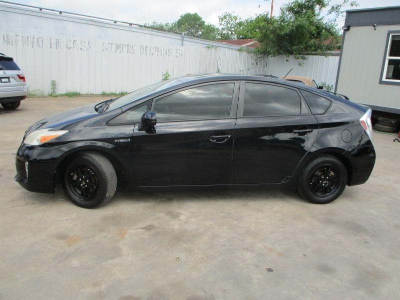 Toyota Prius 2013 price $5,500