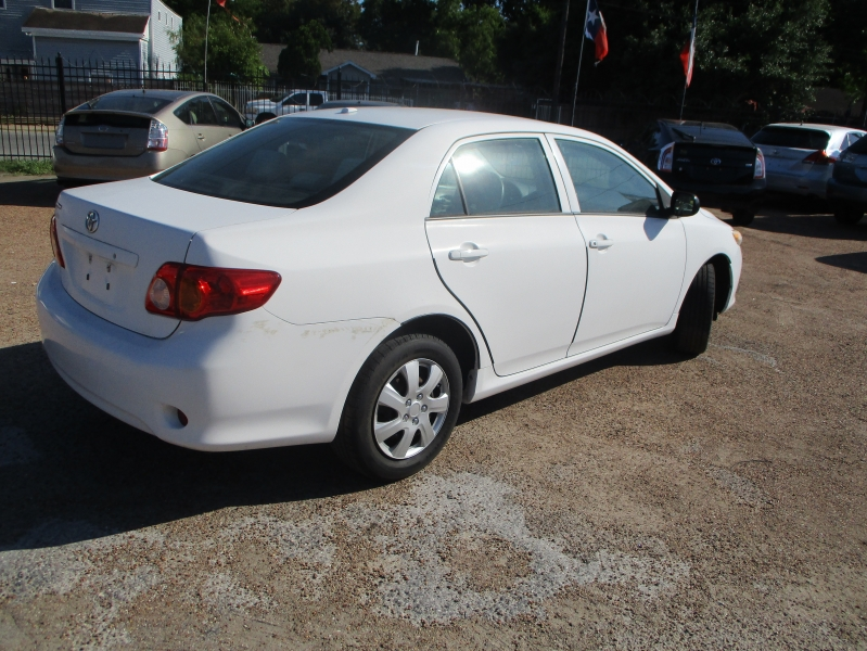 Toyota Corolla 2009 price $4,000