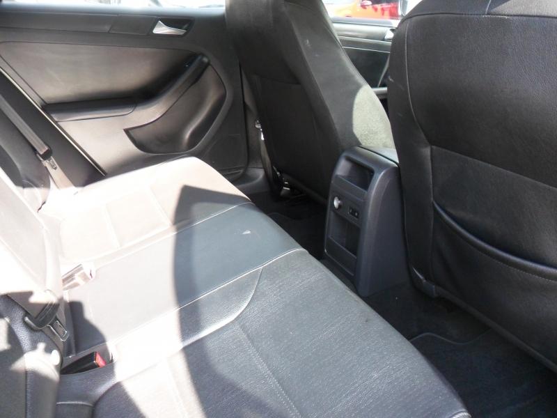 Volkswagen Jetta Sedan 2012 price $5,100