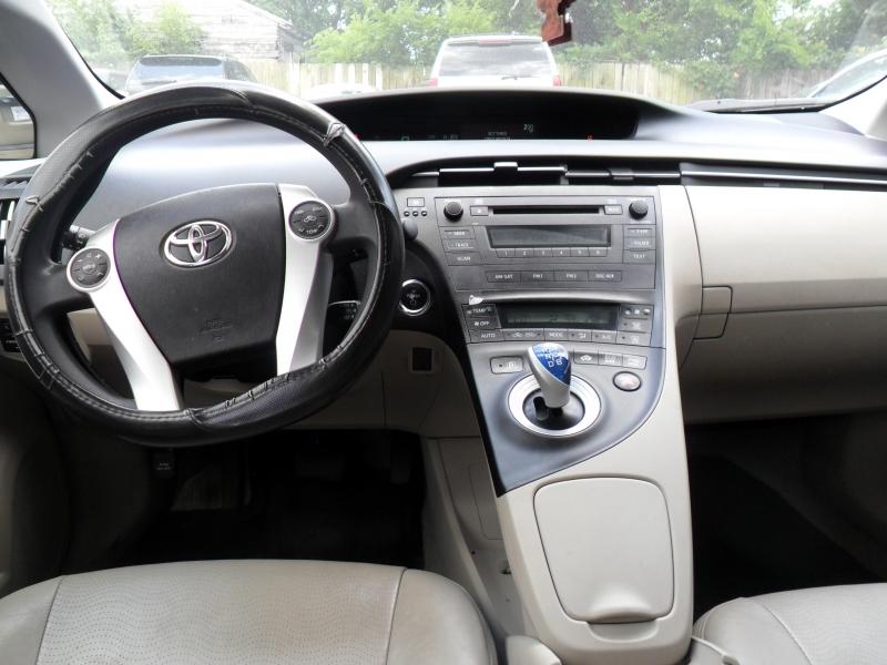 Toyota Prius 2010 price $4,900