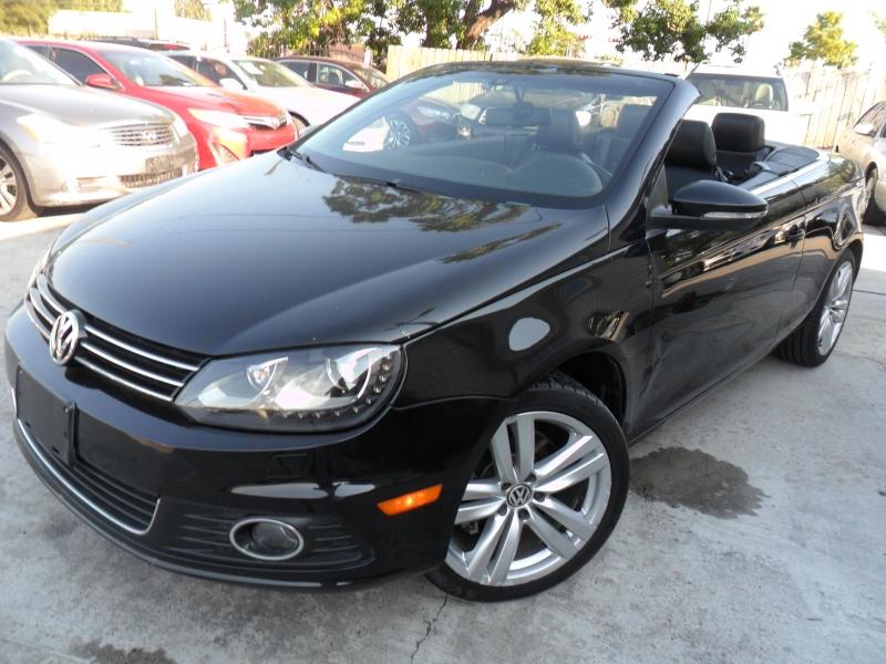 Volkswagen Eos 2013 price $5,800