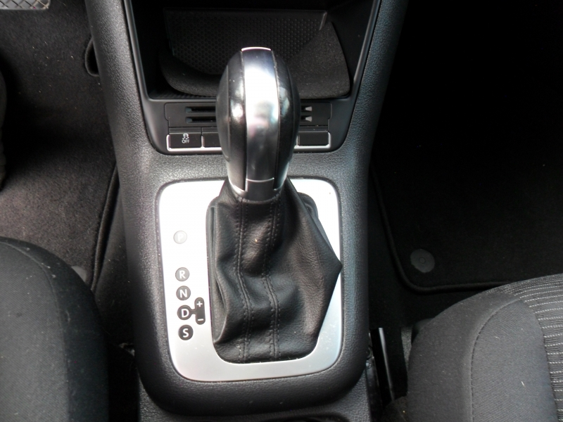 Volkswagen Tiguan 2013 price $5,900