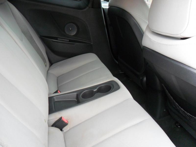 Hyundai Veloster 2013 price $6,200
