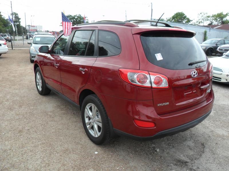 Hyundai Santa Fe 2011 price $6,600