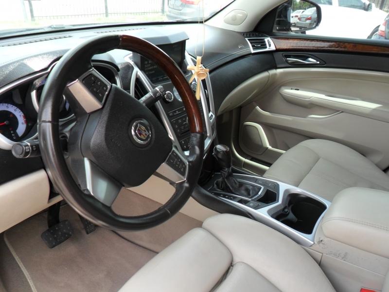 Cadillac SRX 2011 price $7,500