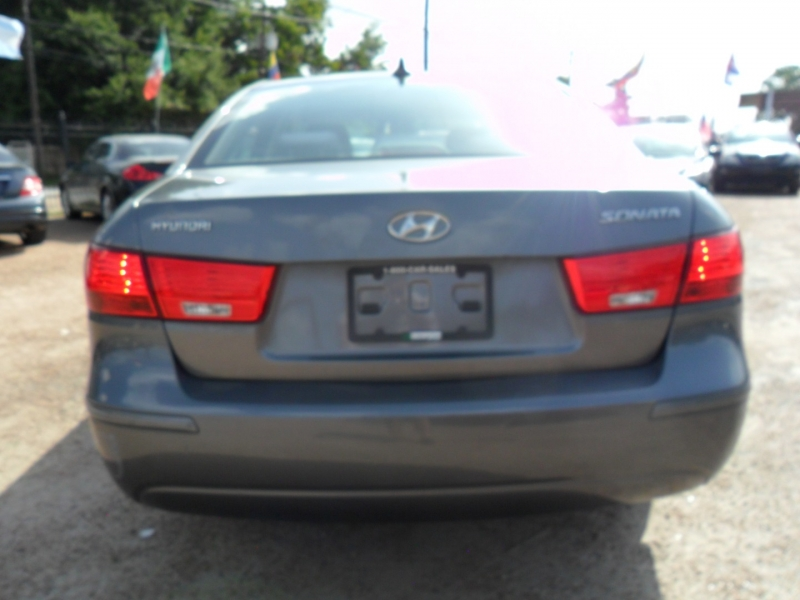 Hyundai Sonata 2010 price $3,900