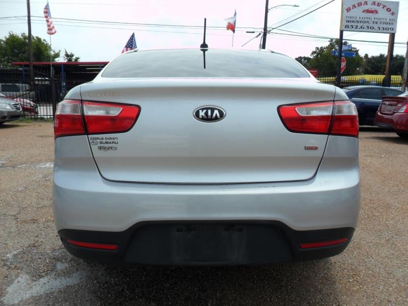 Kia Rio 2014 price $4,900