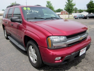 2003 Chevrolet TrailBlazer EXT LT | 3rd Row