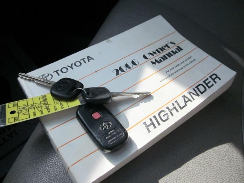 TOYOTA HIGHLANDER 2006 price $3,999