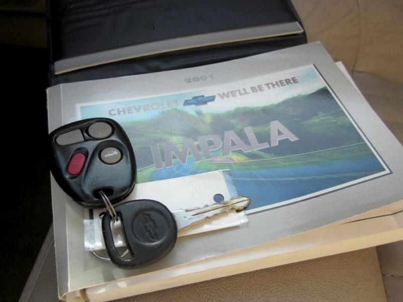 CHEVROLET IMPALA 2001 price $3,499