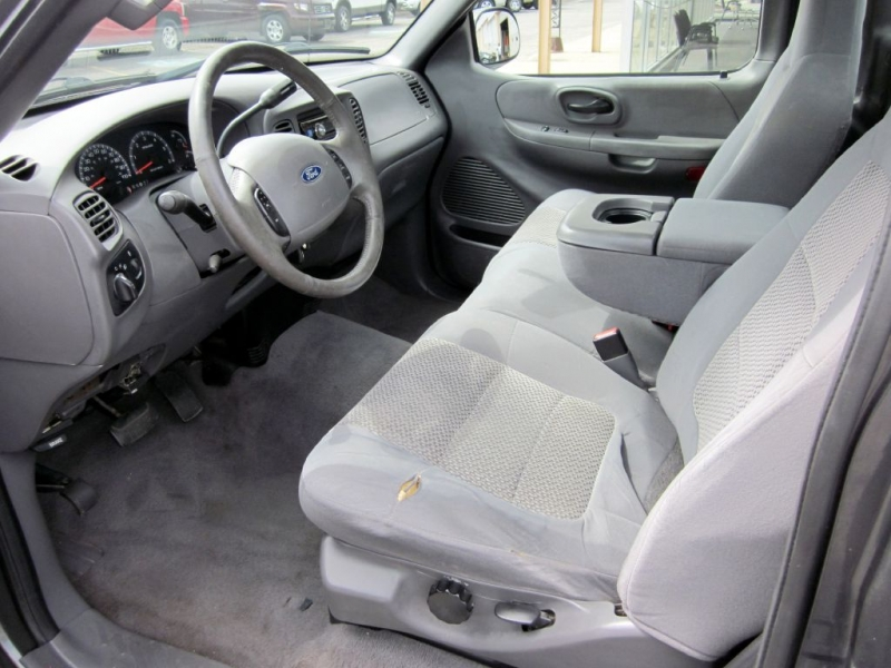 FORD F150 2003 price $3,999