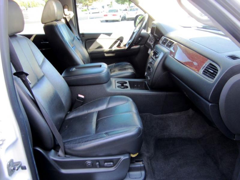 GMC YUKON 2007 price $11,999