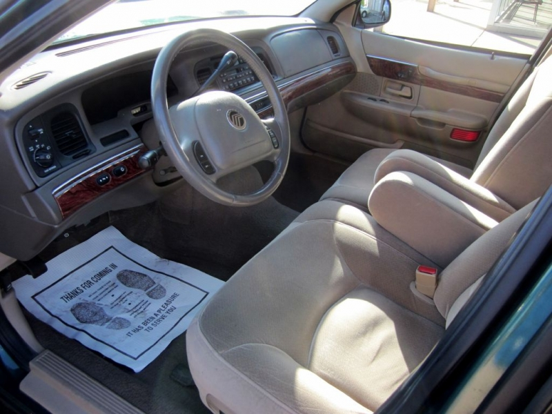 MERCURY GRAND MARQUIS 2001 price $3,499