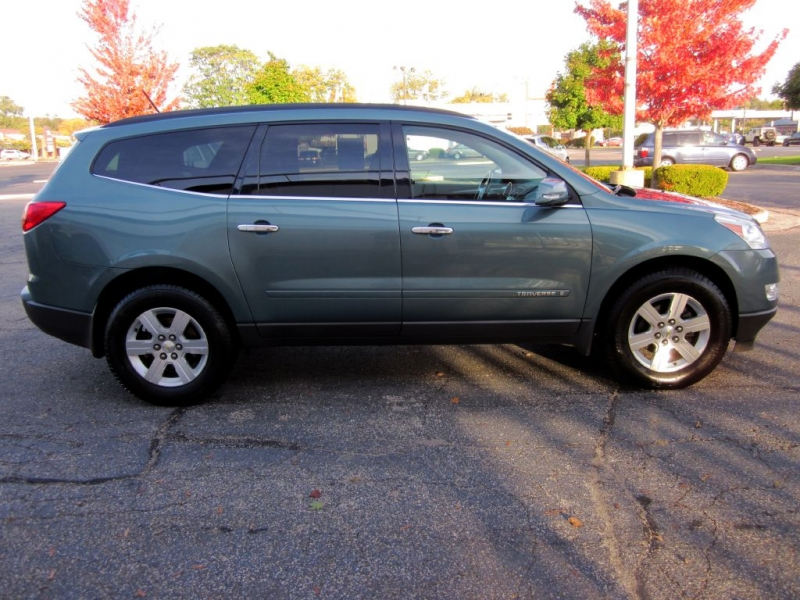 CHEVROLET TRAVERSE 2009 price $6,999