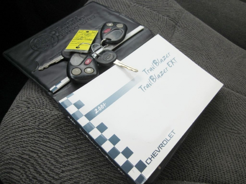 CHEVROLET TRAILBLAZER 2004 price $4,999