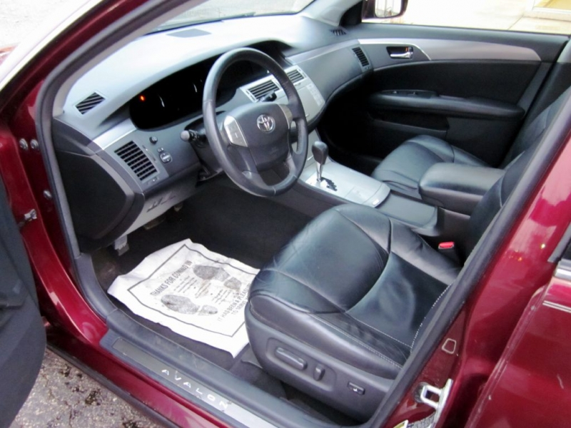 TOYOTA AVALON 2008 price $6,999