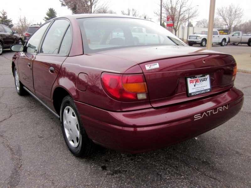 SATURN SL1 2001 price $3,499