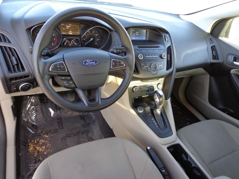 Ford Focus 2015 price $8,999