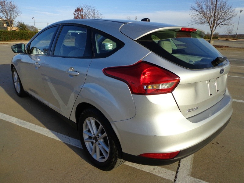 Ford Focus 2015 price $9,999