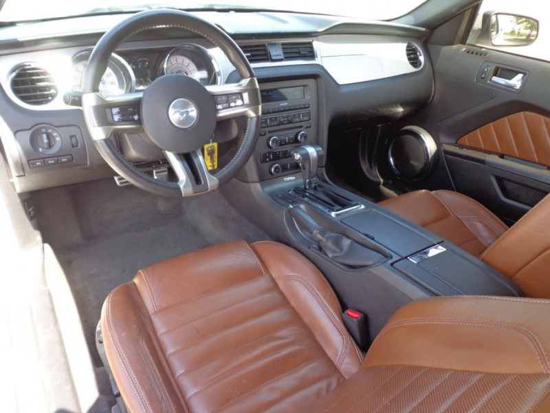 Ford Mustang 2010 price $11,499