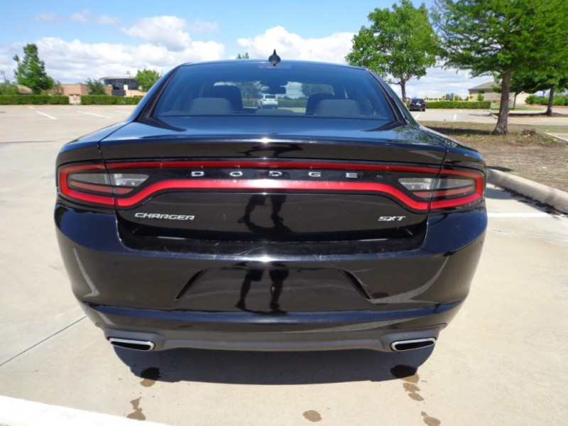 Dodge Charger 2016 price $14,499