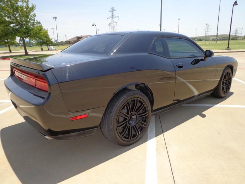 Dodge Challenger 2011 price $10,862