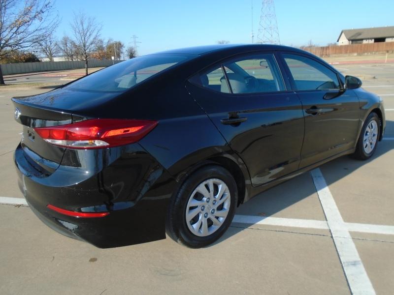 Hyundai Elantra 2018 price $10,999