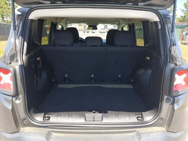 Jeep Renegade 2017 price $15,415