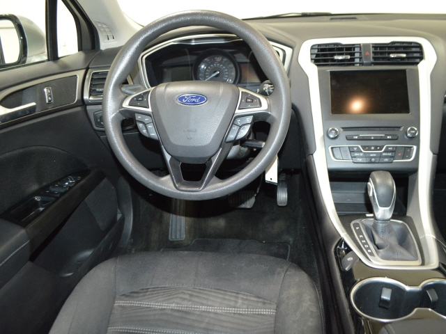 Ford Fusion 2016 price $15,775