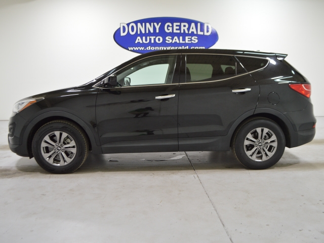 Hyundai Santa Fe Sport 2016 price $13,875
