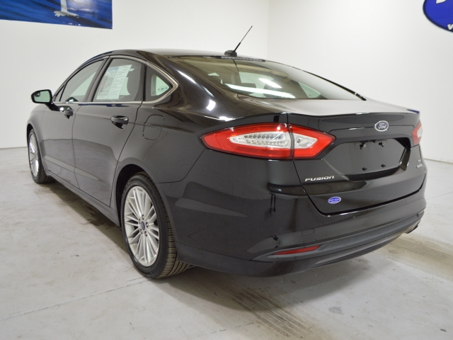 Ford Fusion 2016 price $12,525