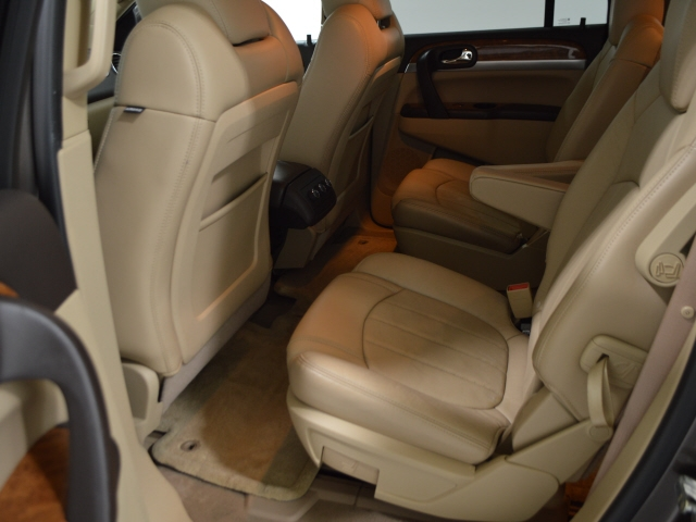Buick Enclave 2010 price $12,900
