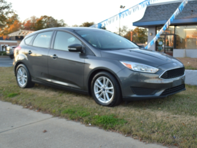 Ford Focus 2016 price $11,150
