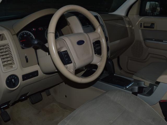 Ford Escape 2010 price $6,450