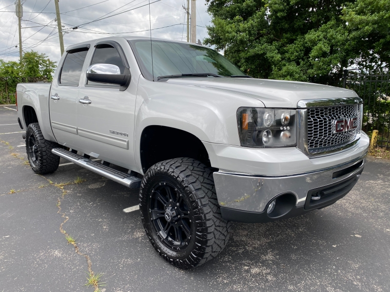 GMC Sierra 1500 2011 price $19,980