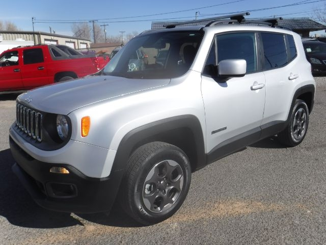 Jeep Renegade 2017 price $17,777