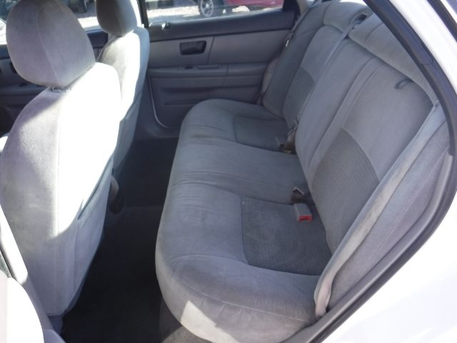 Ford Taurus 2004 price $3,333