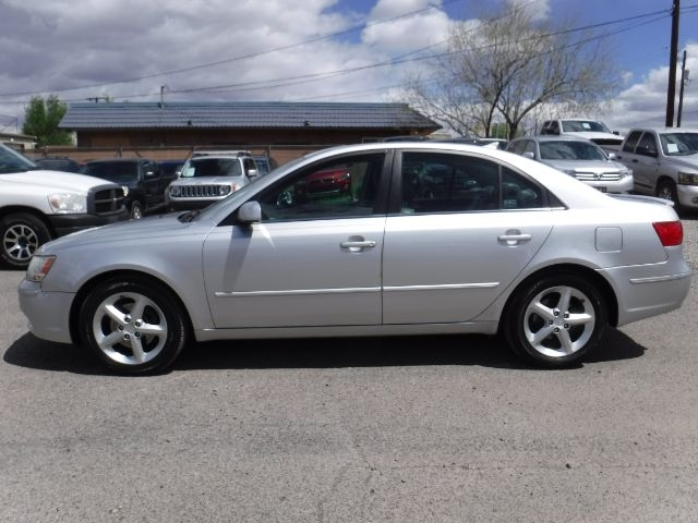 Hyundai Sonata 2009 price $7,555