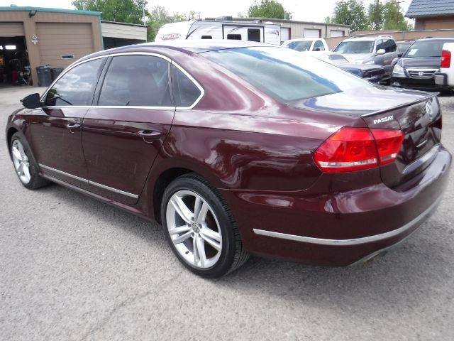 Volkswagen Passat 2012 price $11,333