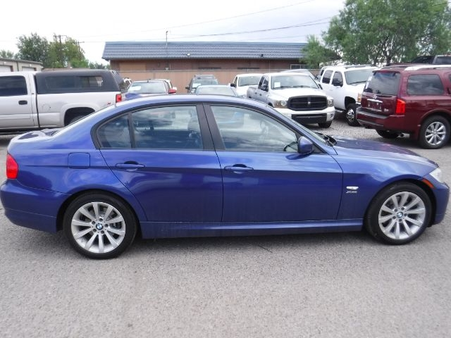 BMW 3-Series 2011 price $9,888