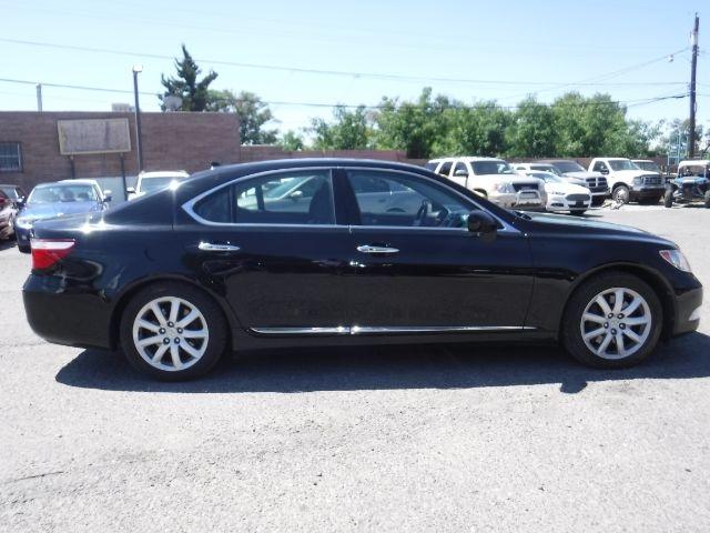 Lexus LS 460 2009 price $17,888