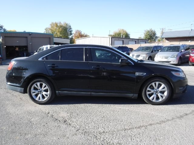 Ford Taurus 2010 price $7,333