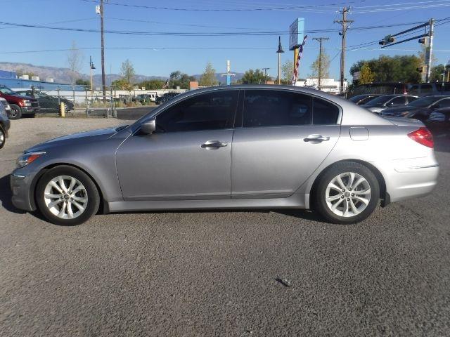 Hyundai Genesis 2012 price $9,555