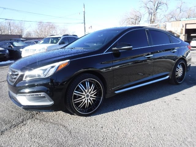 Hyundai Sonata 2015 price $12,333