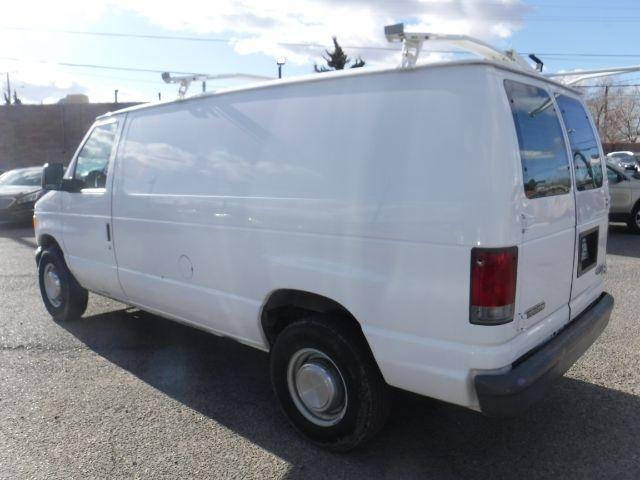 Ford Econoline 2006 price $4,555