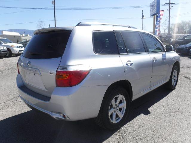 Toyota Highlander 2008 price $8,999